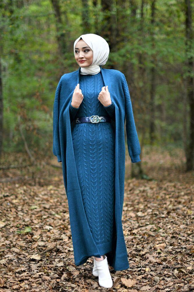 Modam Afra - Hırka Elbise Triko Tesettür Takım - Petrol Mavisi